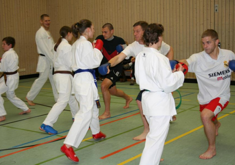 2012-03-06 - Kicker meets Karateka